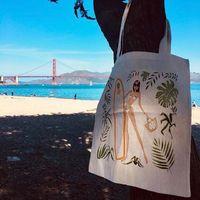 Bientôt la sortie du carnet de voyages ⠀⠀ San Francisco sera là 1ère destination 🥰 ⠀⠀ J'espère que ça vous plaira !!! Il sera en ligne la semaine prochaine !!! ⠀⠀ 💋 ⠀⠀ #sathynebijoux #travel #sanfrancisco #travelblogger #creatricefrancaise #creatricebijoux #totebag #fashiontravel #escale #voyages